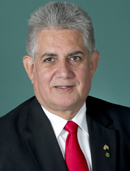 Official portrait of Ken Wyatt